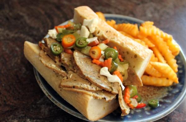 vegan_italian_beef_sandwich